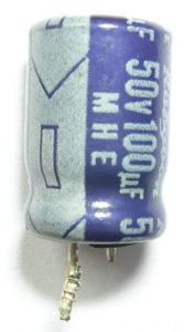 Condensador electrolitico